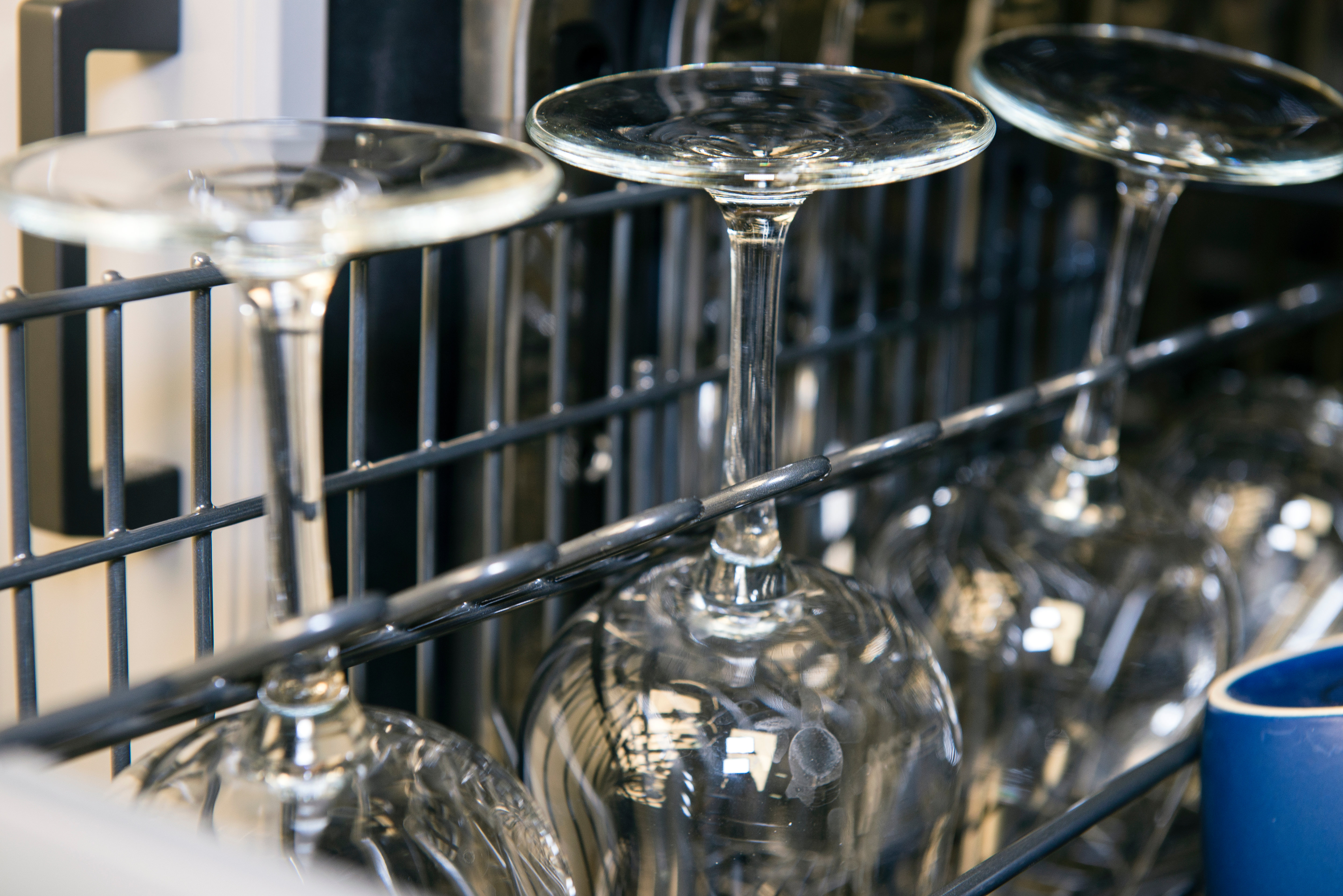 Asko D5534XXLFI wine glasses