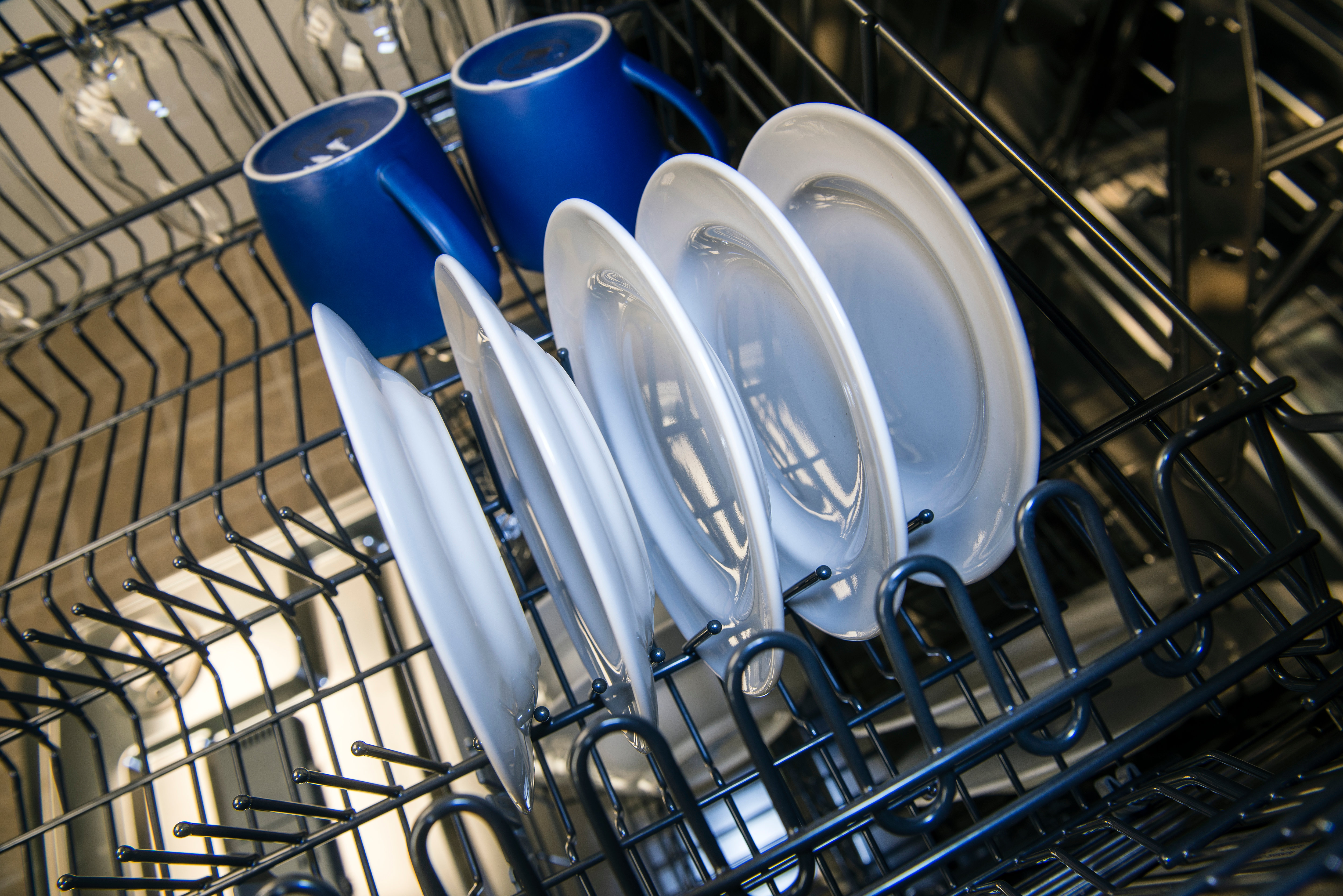 Asko D5534XXLFI upper rack cup shelves and stemware holders