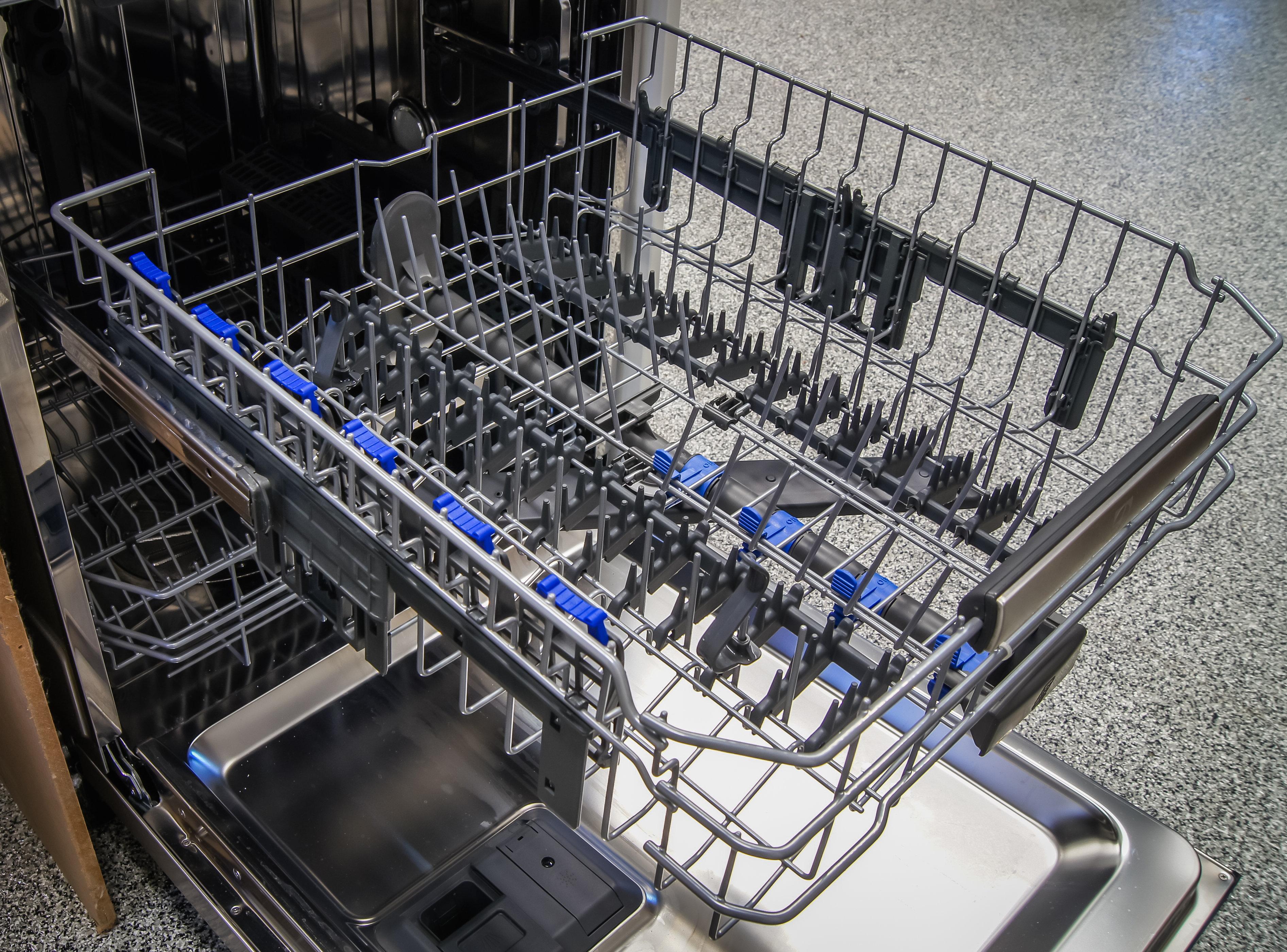 Electrolux EI24ID50QS top rack