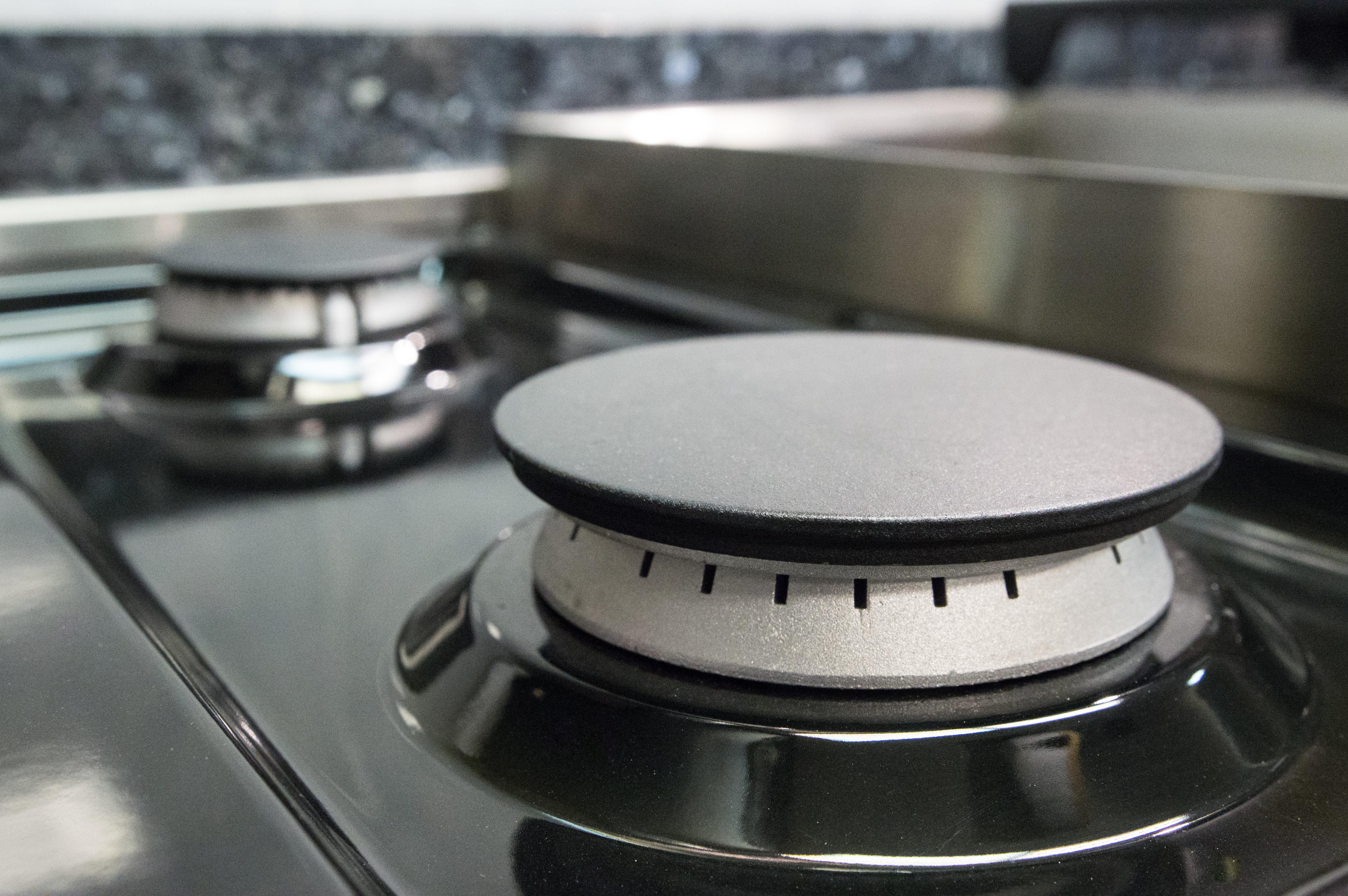 lefthand burners on rangetop