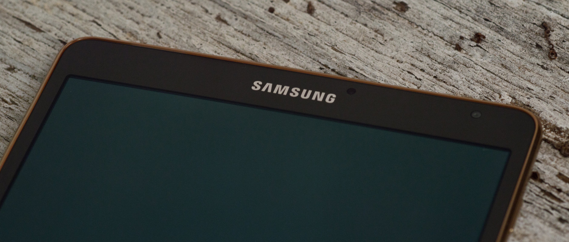 A photograph of the Samsung Galaxy Tab S 8.4's front.