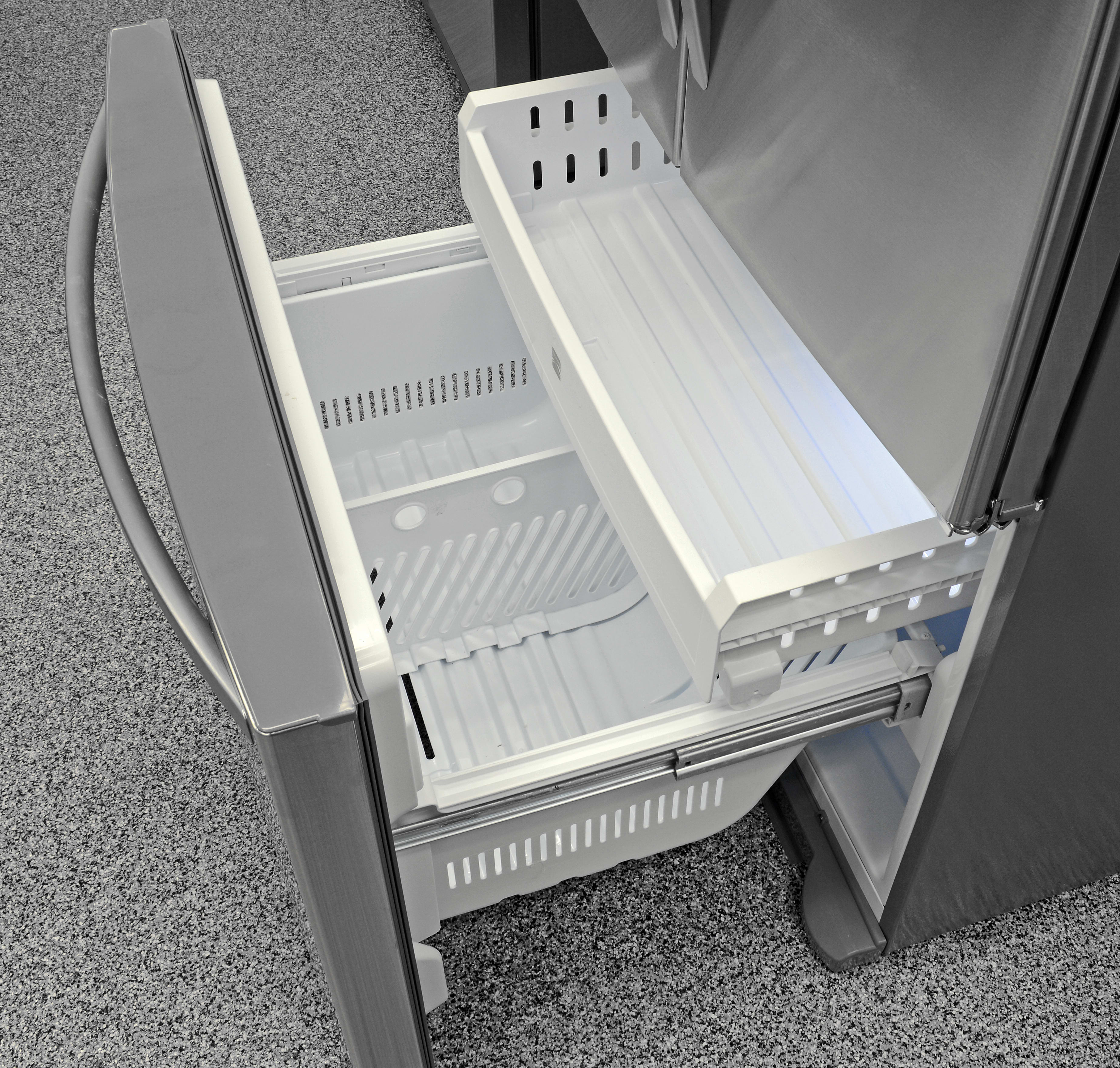 The Kenmore 70333's basic pull-out freezer comes with two sliding drawers.