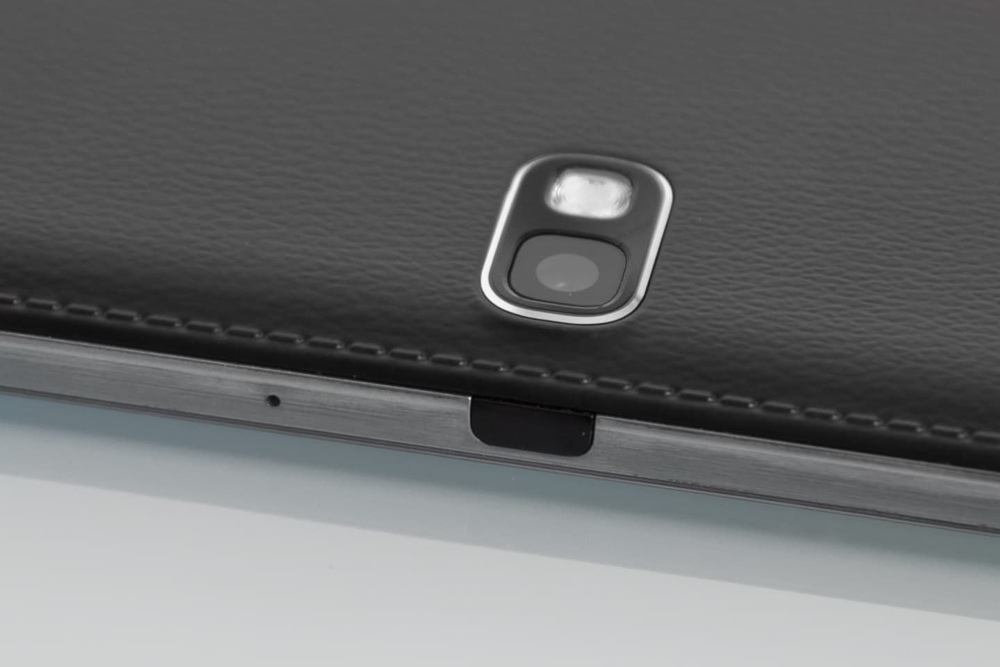 """A close-up of the IR blaster of the Samsung Galaxy Note Pro 12.2""""."""