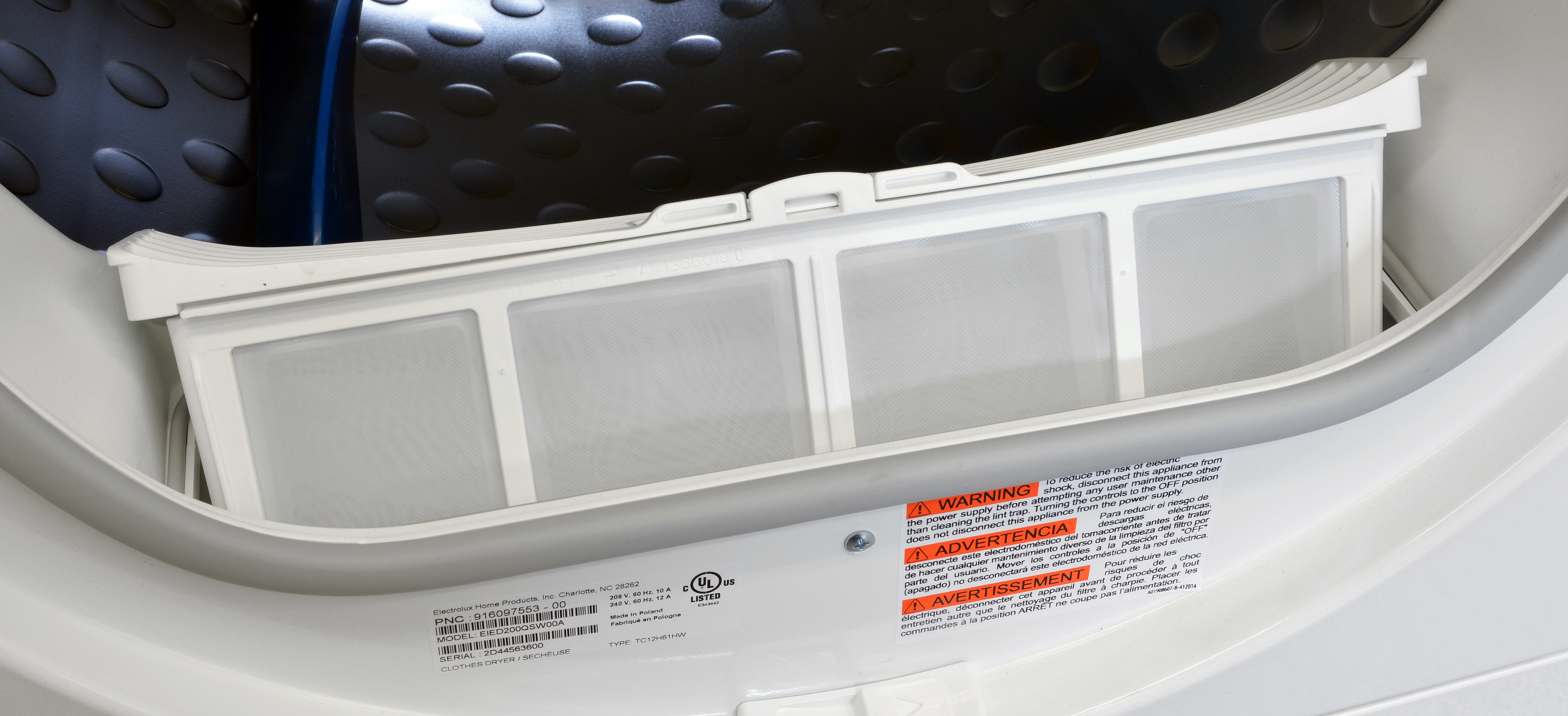 The Electrolux EIED200QSW uses a small basket instead of a screen for catching lint.