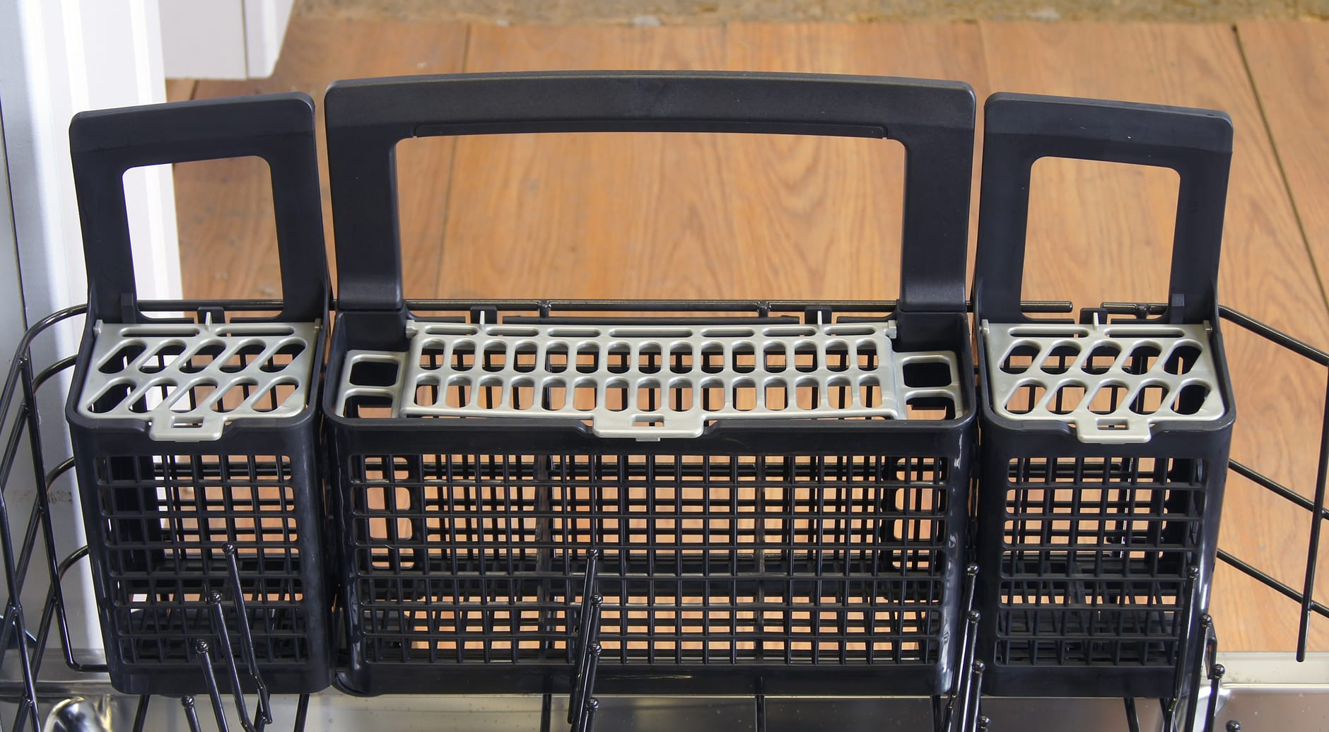 GE Cafe CDT725SSFSS cutlery basket