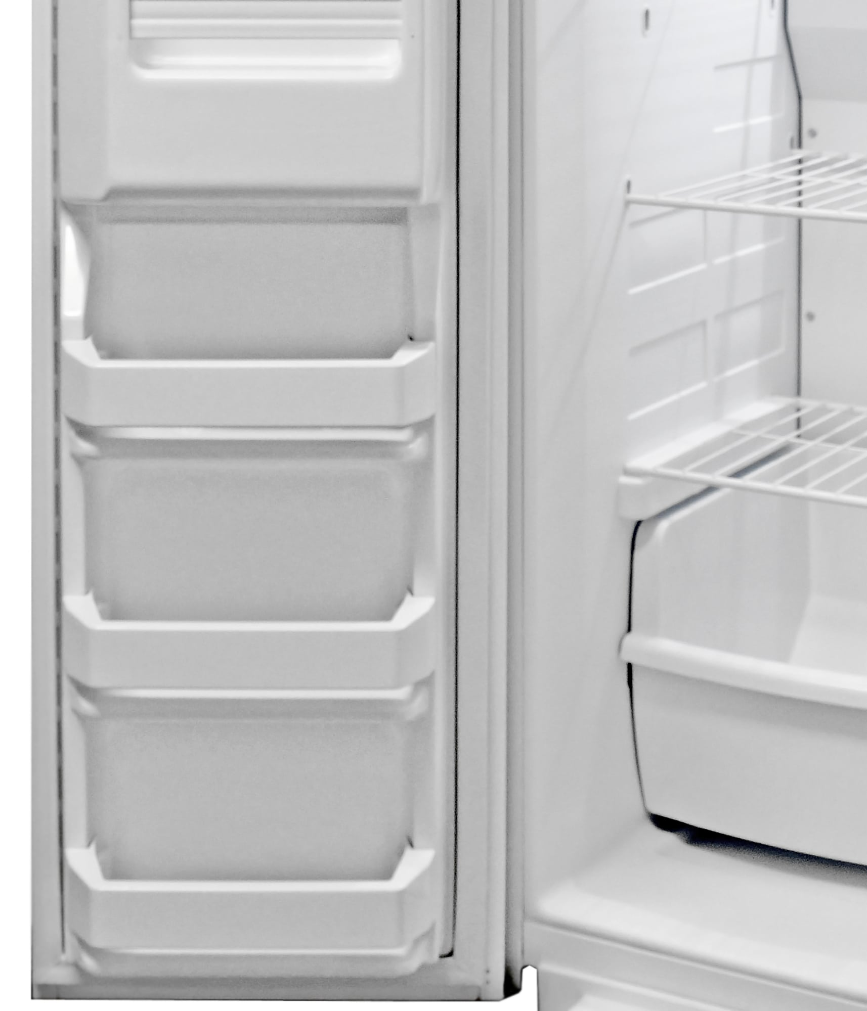 The Kenmore 51122's freezer door has three shallow shelves at the bottom.