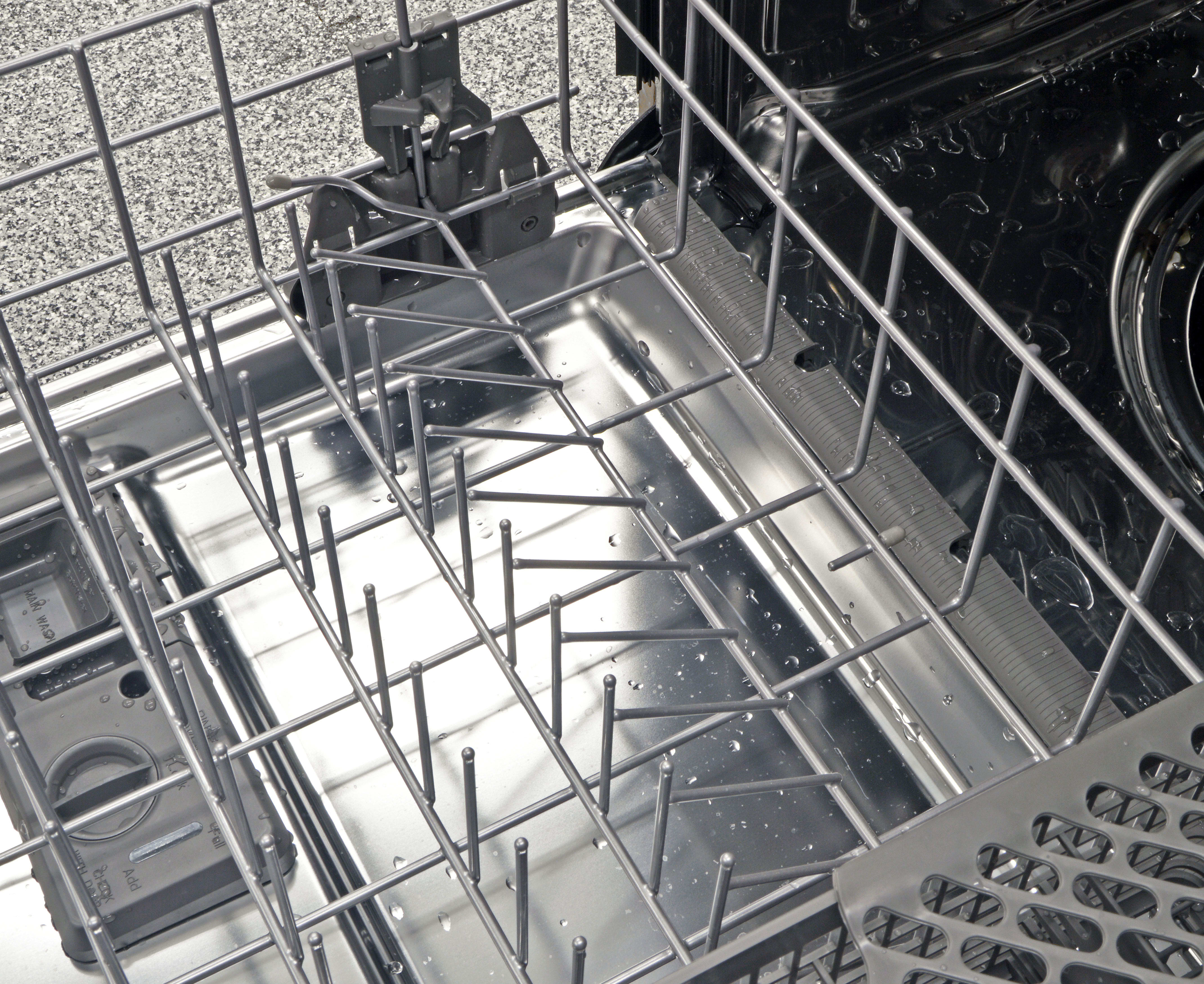 For a dishwasher this expensive, you might expect the IKEA Renlig IUD8555DX to have more than just one row of adjustable tines—seen here mid-position shift.