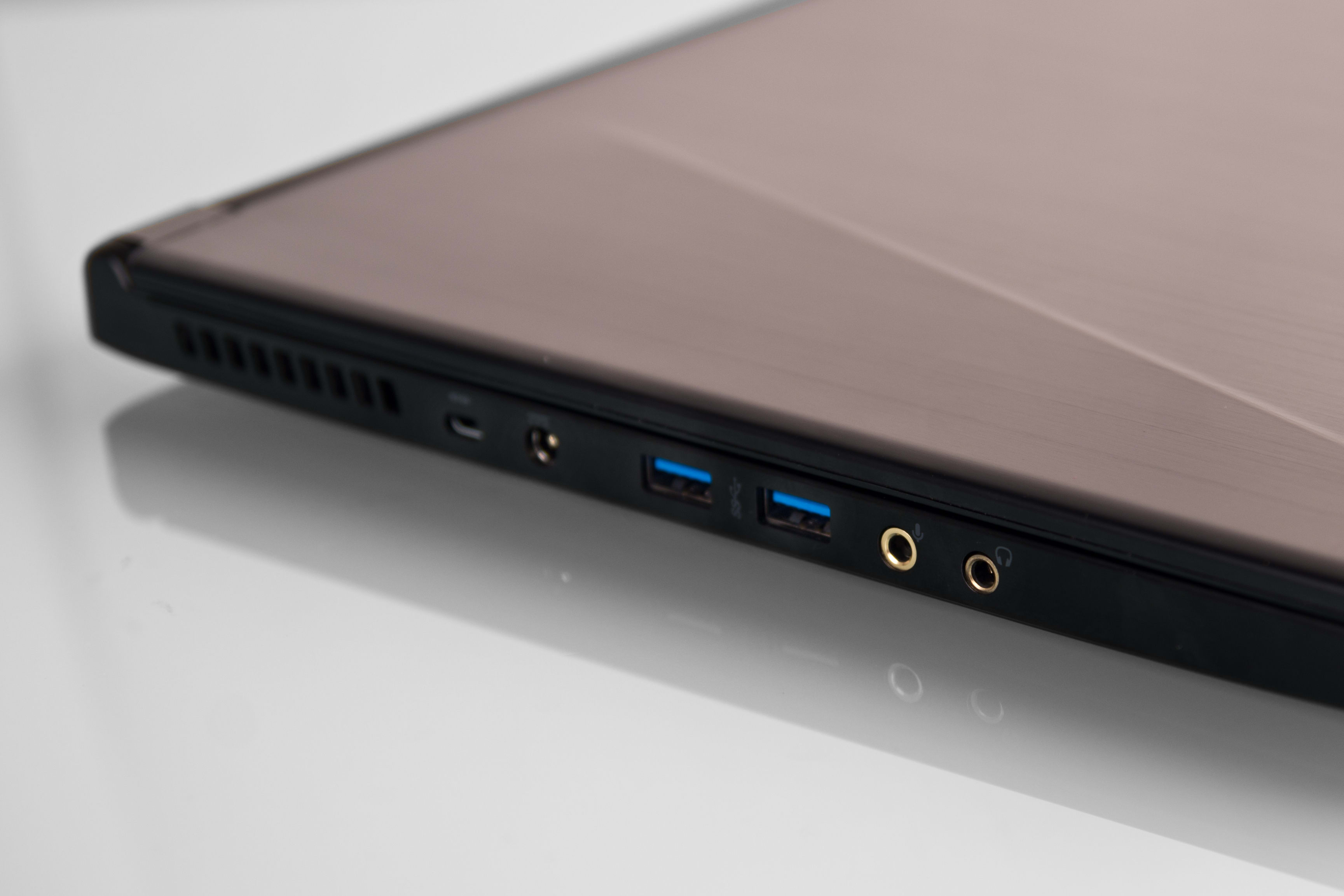 A picture of the MSI GS60 Ghost's left-side ports.