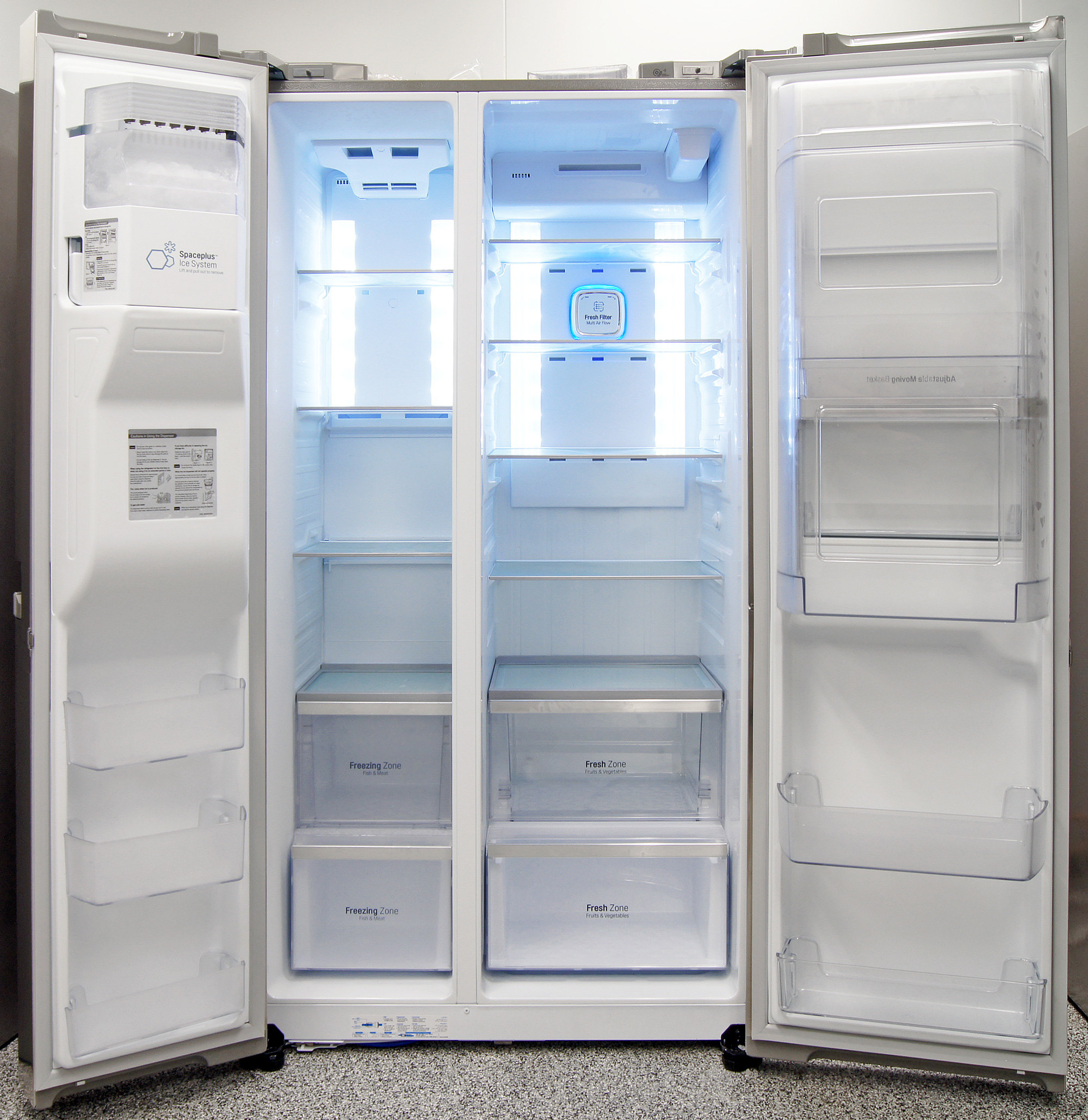 Even though it's a counter-depth, the LG LSC22991ST can hold plenty of food in both compartments.