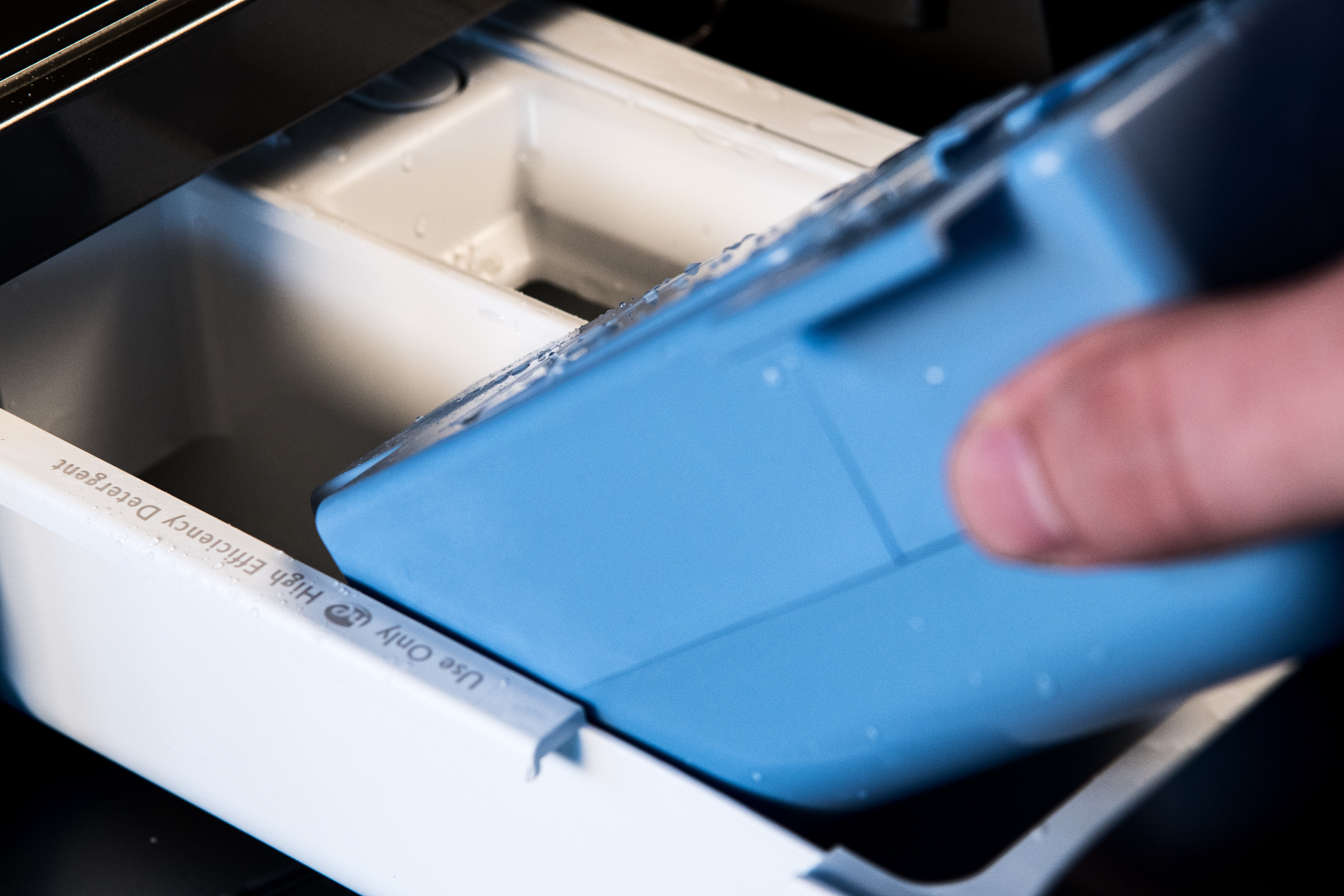 The Optimal Dose cartridge can be removed if you want to measure out your detergent for every cycle.