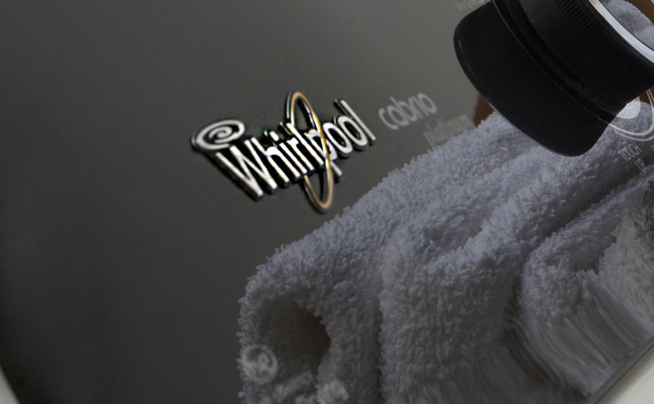 http://reviewed-production.s3.amazonaws.com/attachment/e5fe3c5fd48e5f04abfbaae2bc7a00ff763e7fc6/Whirlpool_WED8000BW_Hero.jpg