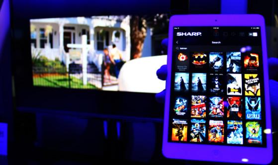 Sharp-UQ17-smart.jpg