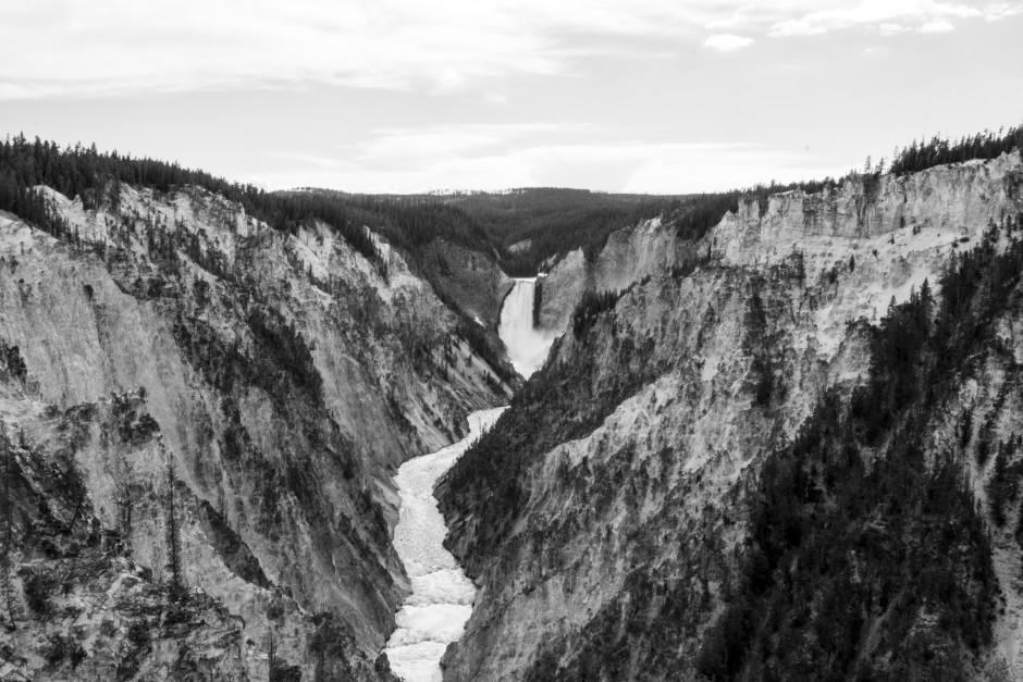 Sony-A77II-Review-Sample-Yellowstone-Waterfall.jpg