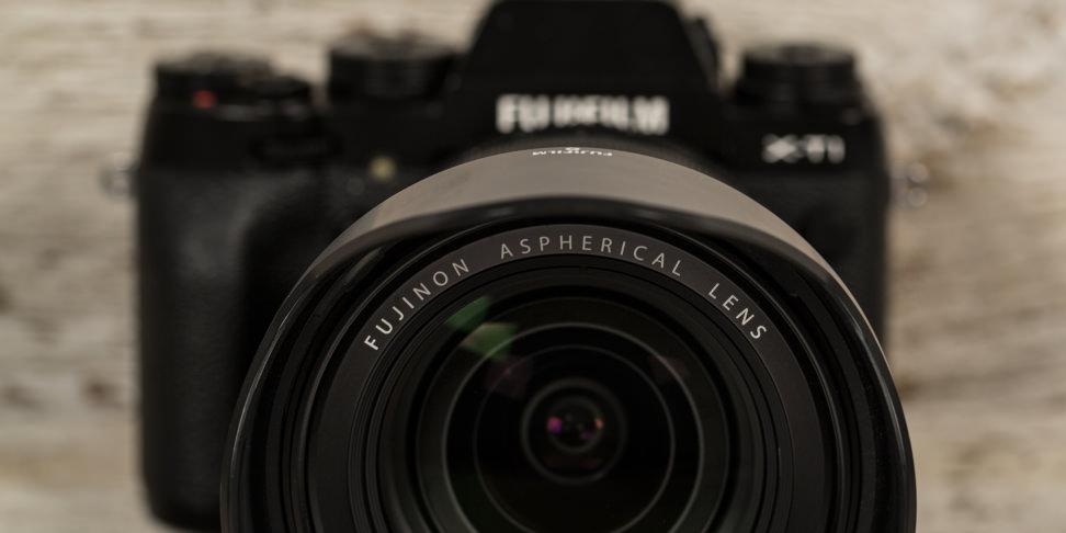 fuji-16-55-f2p8-review-design-camera-front.jpg
