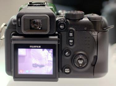Fujifilm_IS-1_back.jpg