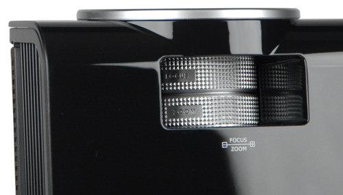 Vivitek-D950HD-lens.jpg