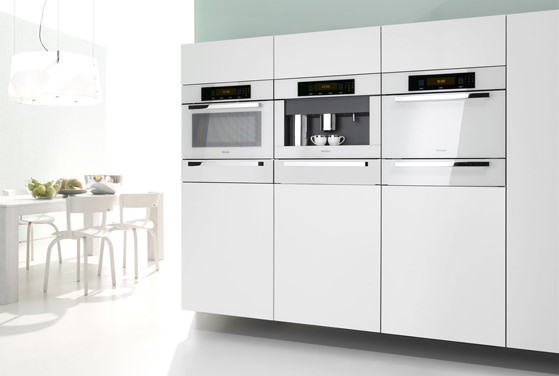 miele brilliant white another sign of stainless decline ovens. Black Bedroom Furniture Sets. Home Design Ideas