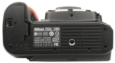 Nikon-D90-bottom-375.jpg