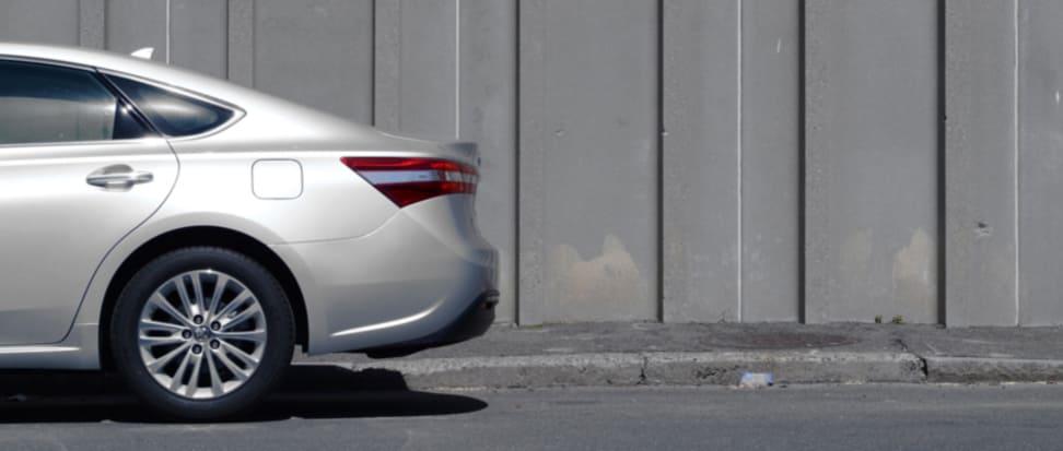 Product Image - 2013 Toyota Avalon Hybrid Limited