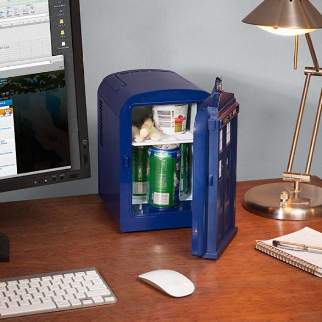 Mini Fridge For Bedroom Dorm Office Small Glass Door Compact Black. Mini Fridge For Bedroom   Ar Summit com