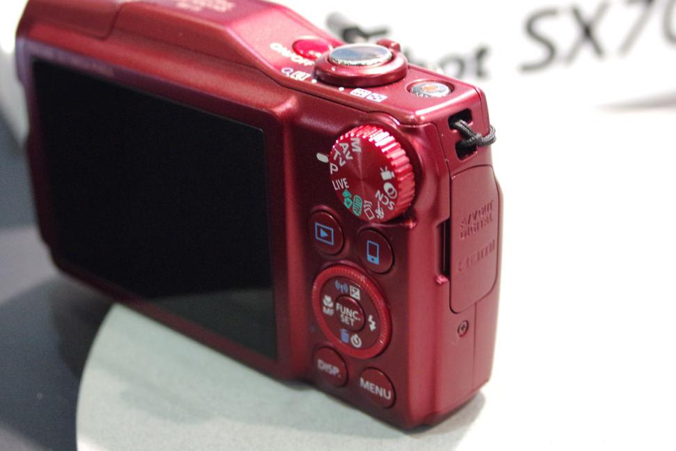 CANON-POWERSHOT-SX700-HS-REARCONTROLS.jpg