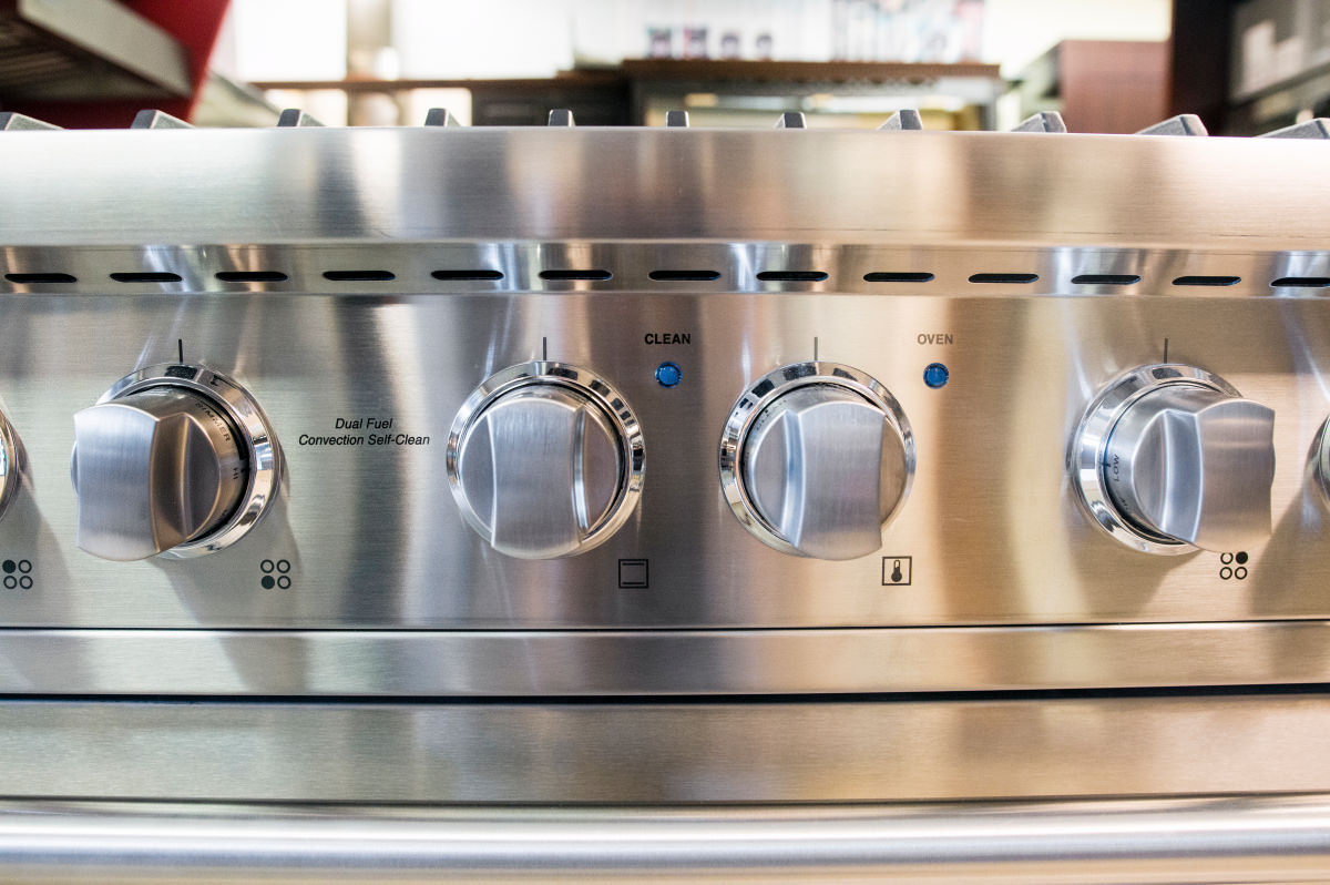 Viking VDSC5304BSS 30-Inch Dual-Fuel Range Review - Reviewed.com ...