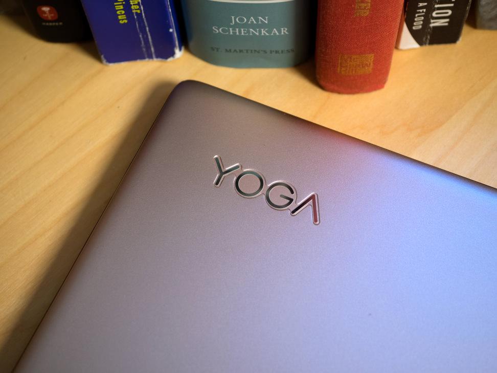 Lenovo Yoga 900s Logo