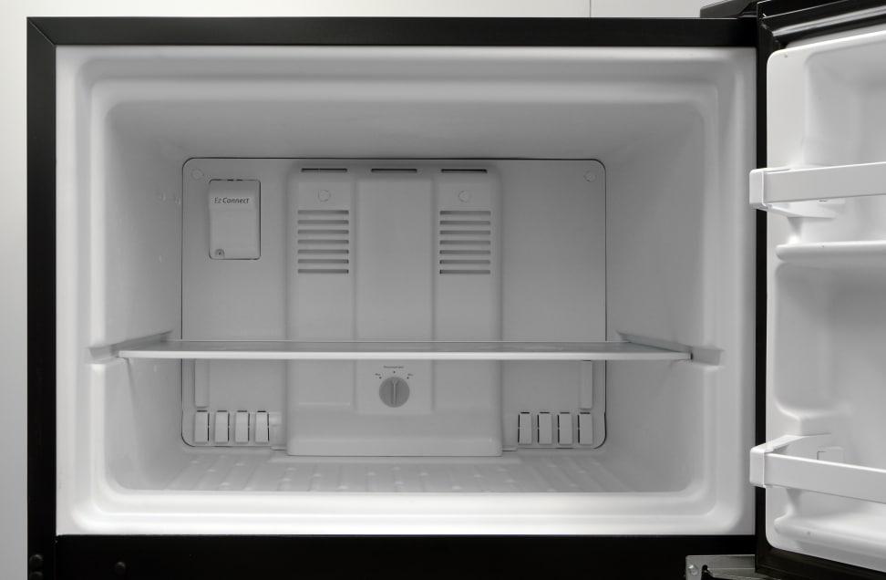 Whirlpool WRT318FZDB Freezer