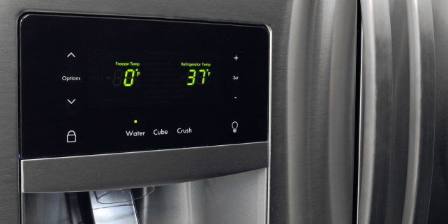 Digital-temperature-display