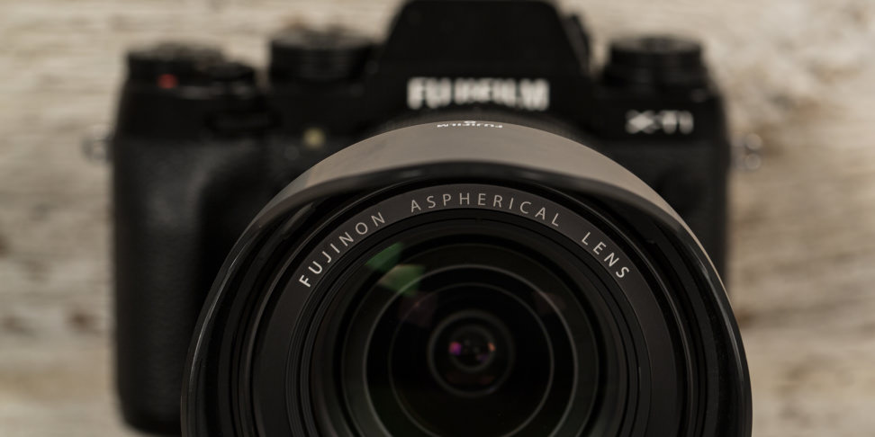 fuji-16-55-f2p8-review-design-camera-front.jpg
