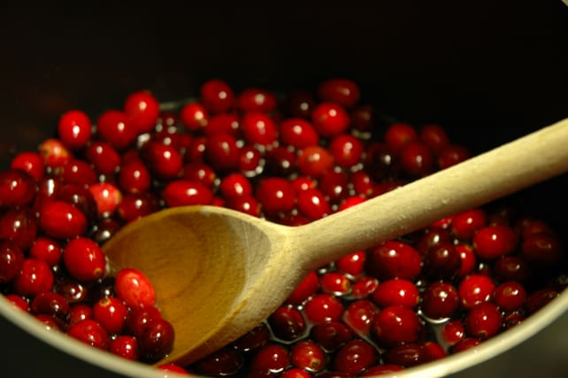 Thanksgiving-cranberries.jpg