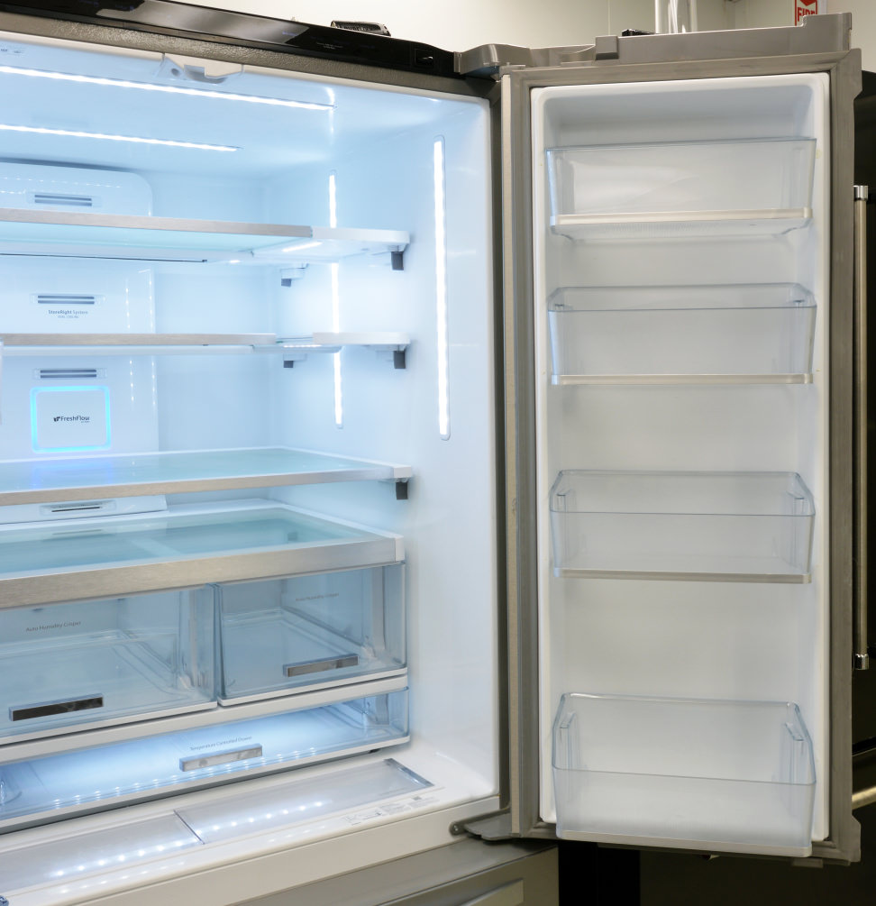 Whirlpool WRF995FIFZ Fridge (Right)