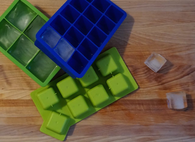 Ice-cube-trays.JPG
