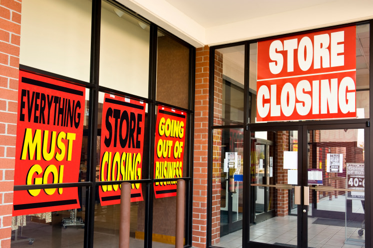 When A Store Goes Out Of Business Shoppers May Not Always Find Bargains