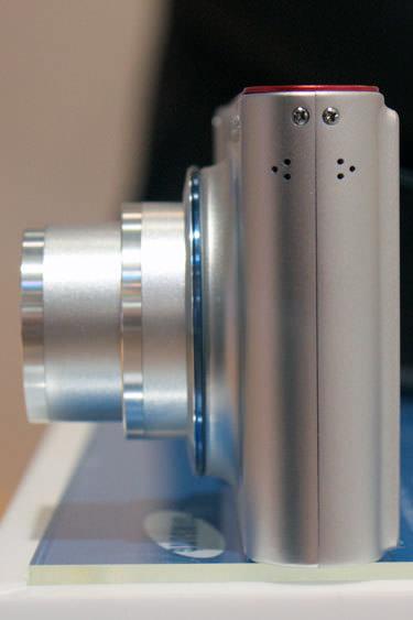 samsung-tl34hd-left-375.jpg