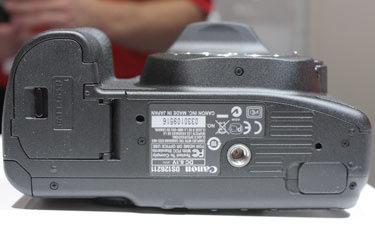 canon-50d-bottom-375.jpg