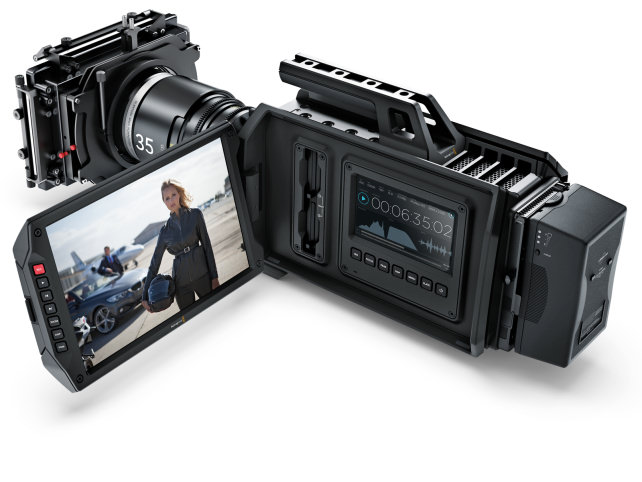 BLACKMAGIC-URSA-CAMERA-MONITOR.jpg