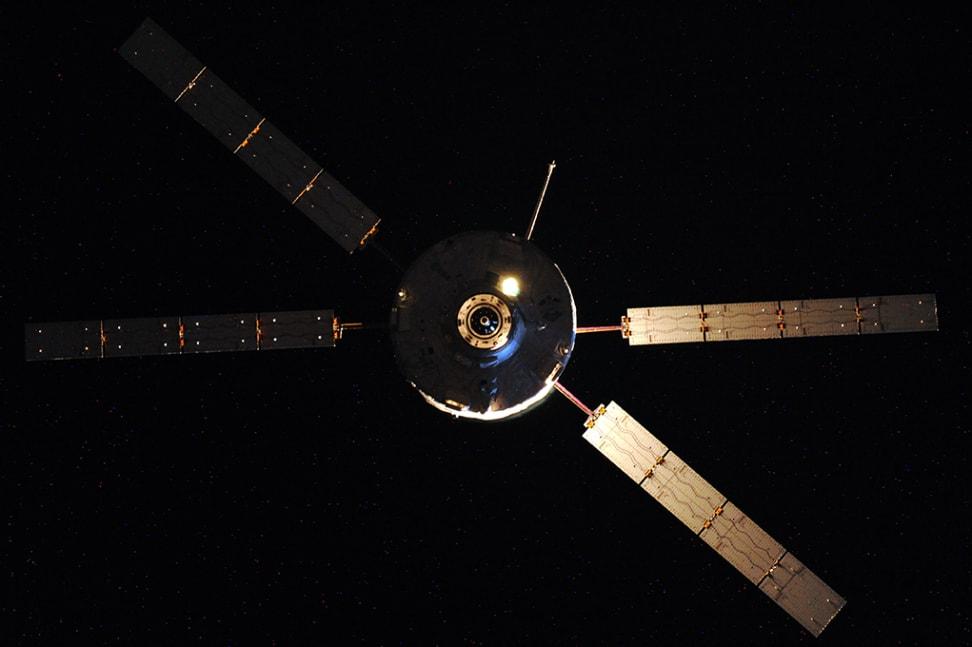 ESA Resupply Vessel ATV-5 Approaches ISS.jpg