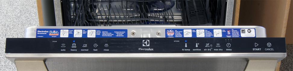 Electrolux EI24ID30QS—Controls
