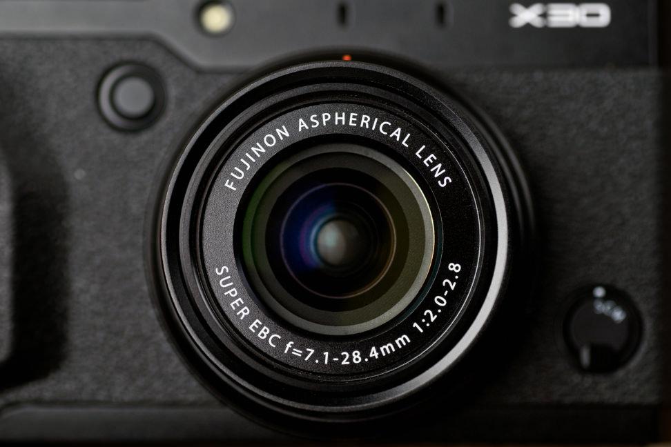 fuji-x30-review-design-lens-front.jpg