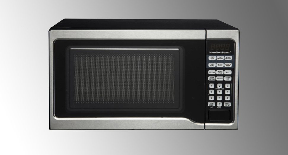 Hamilton Beach 0.9 cu ft 900W Microwave in Stainless Steel