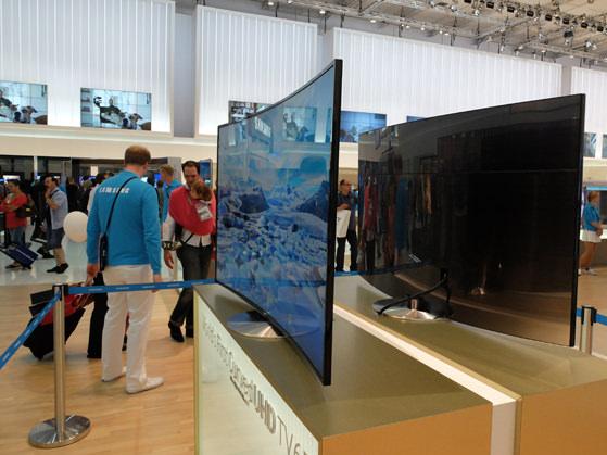 Samsung-4K-OLED-Sides.jpg