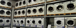 Washers on shelves hero flickr yercombe