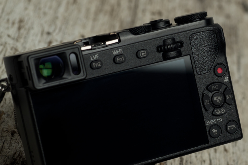 panasonic-lumix-gm5-review-design-controls.jpg