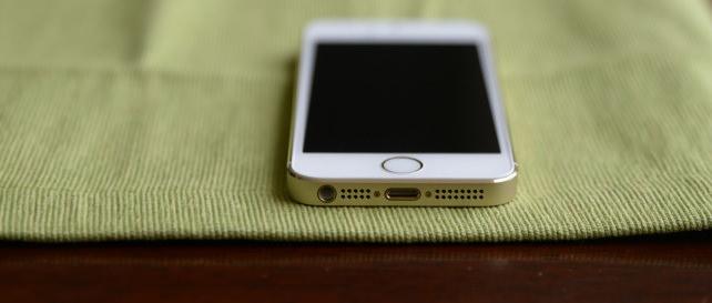 iPhone-Home-Hero-Large.jpg
