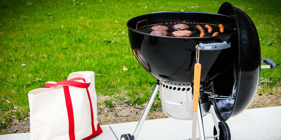 Weber 22-inch kettle charcoal grill